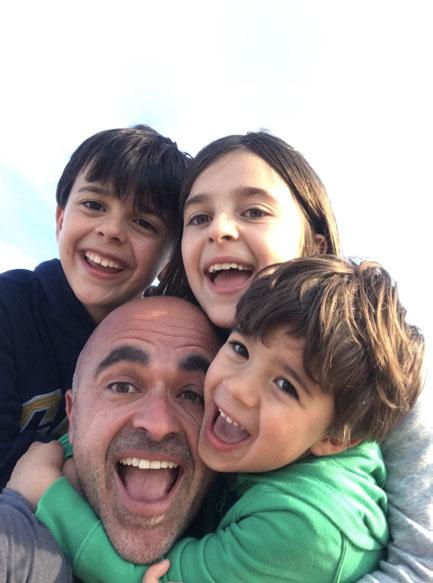 familia de Oliver Pérez